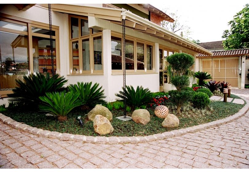 Paisagismo » Jardim residencial em Novo Hamburgo  RS  Floricultura