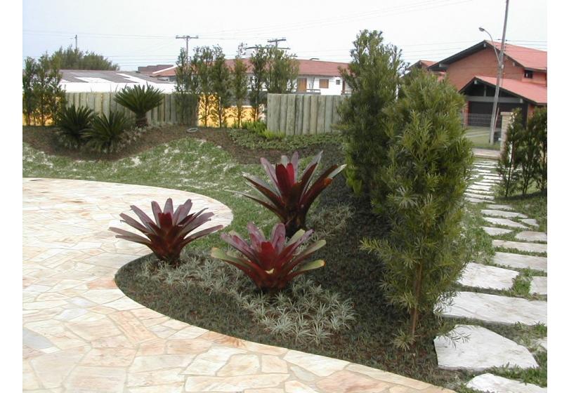 fotos jardim paisagismo:Paisagismo » Jardim residencial no litoral